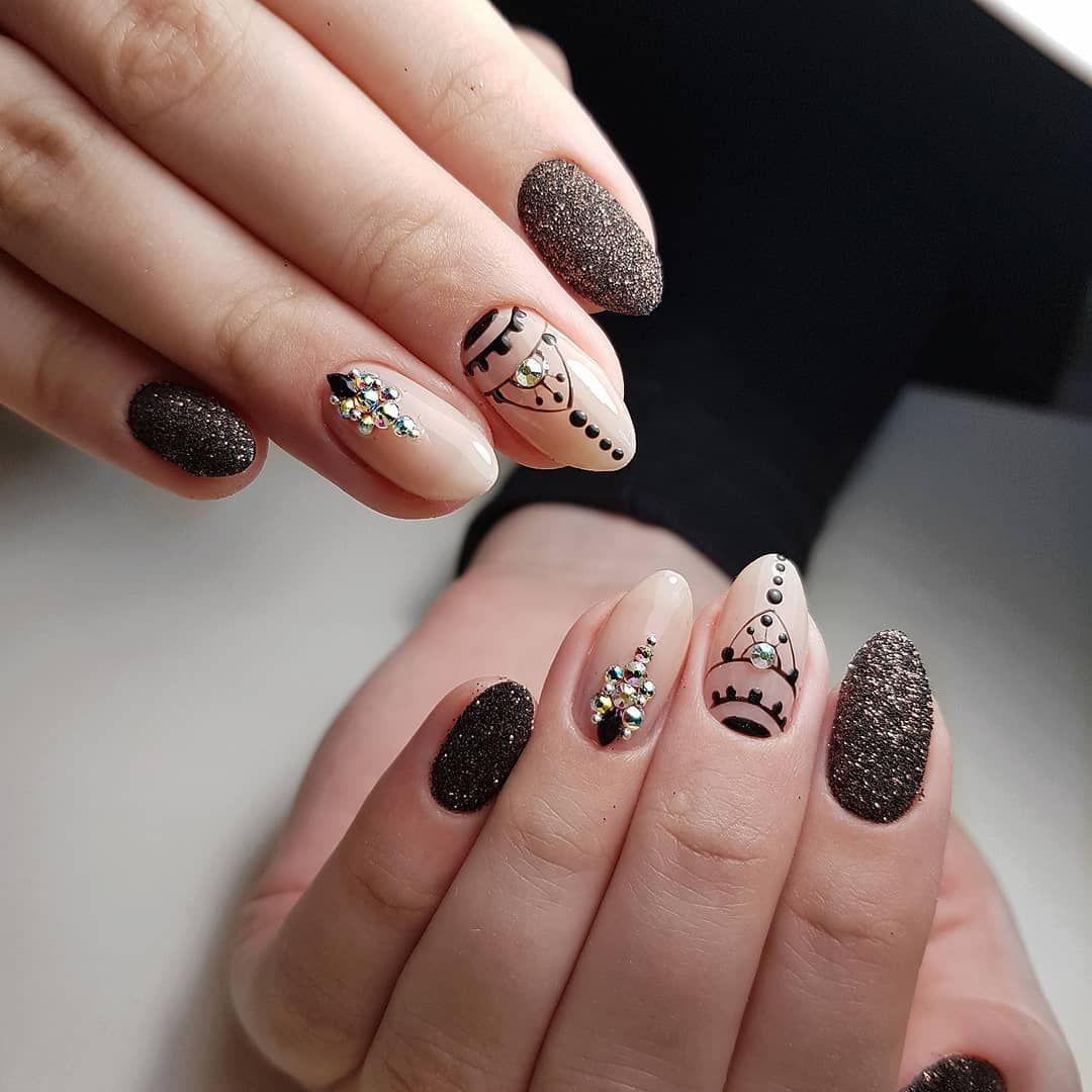 дизайн ногтей фото новинки осень зима лицах солдат, дружеские