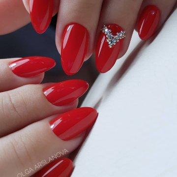 Дизайн ногтей гель лак красный с блестками